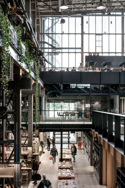 lochal-tilburg-library-interiors-architecture-adaptive-reuse-netherlands-civic_dezeen_2364_col_5-1704x2556[1]